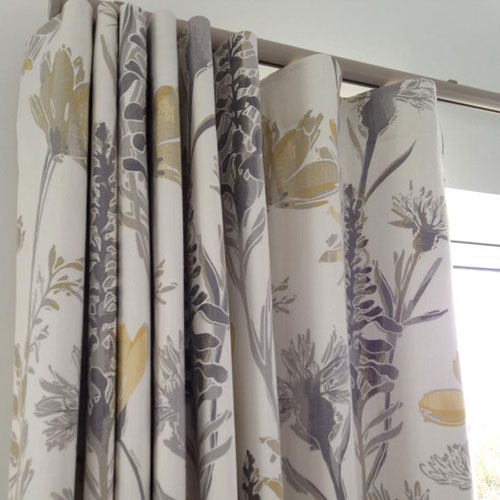 Wave Curtains With Wave Tape